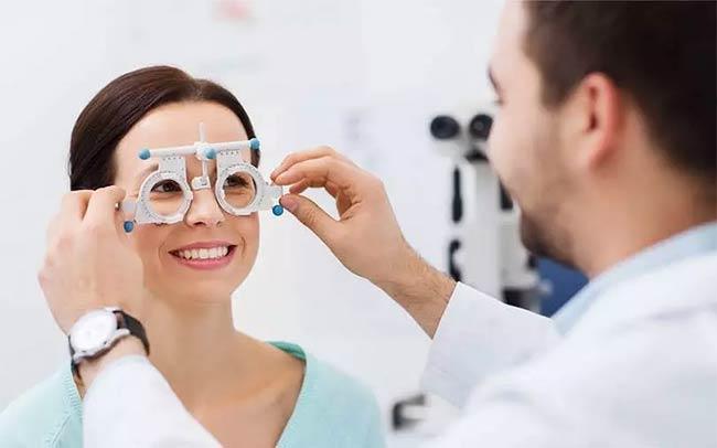اهمیت بینایی سنجی